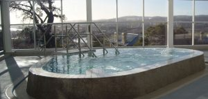 Spa pool in Launceston overlooking the Tamar Valley